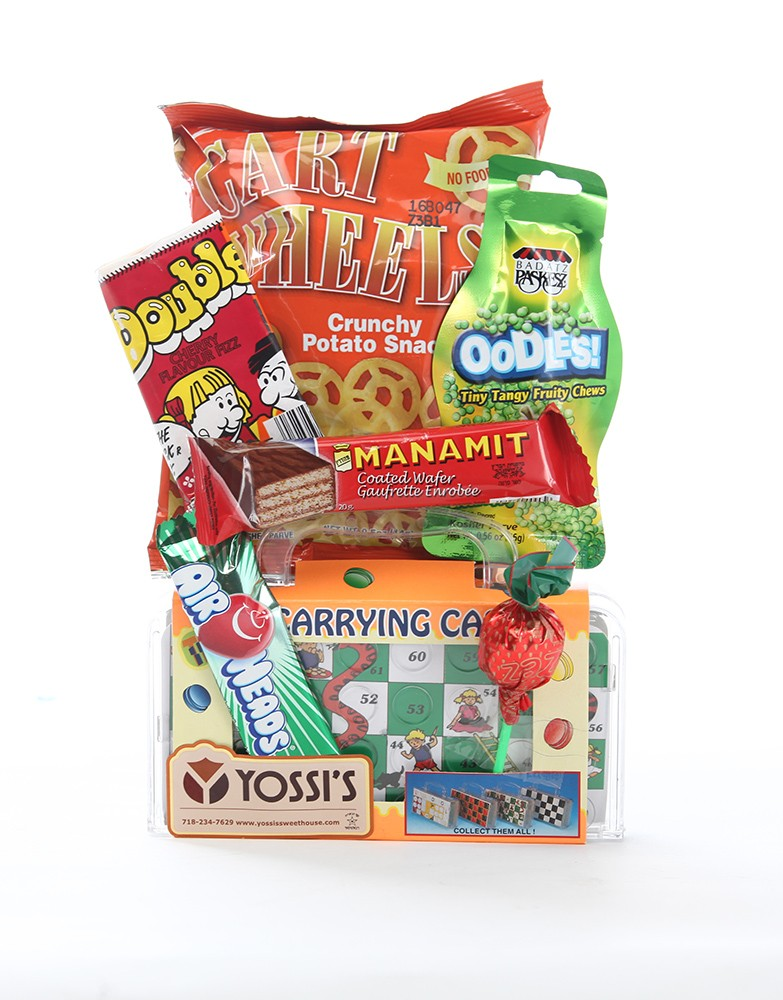 PURIM NOSH BAG WITH GAME